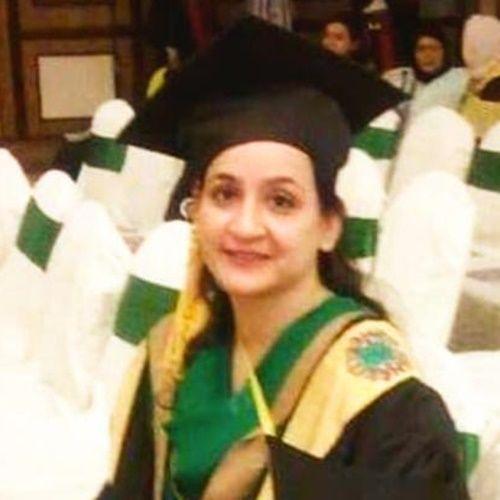 Dr Fehmeda Farrukh Khan