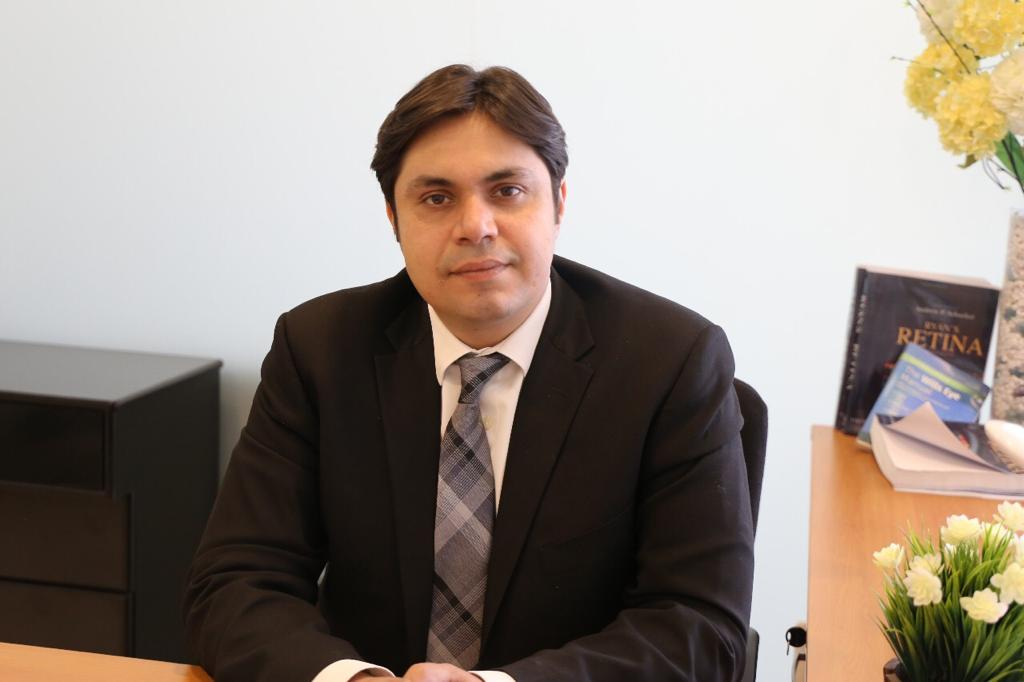 Dr. Adeel Randhawa